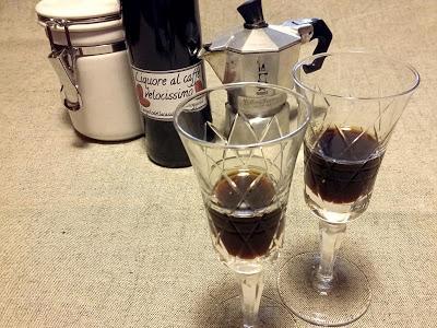 Liquore al caffè velocissimo