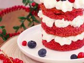 Mini velvet natalizie alla barbabietola frutti rossi