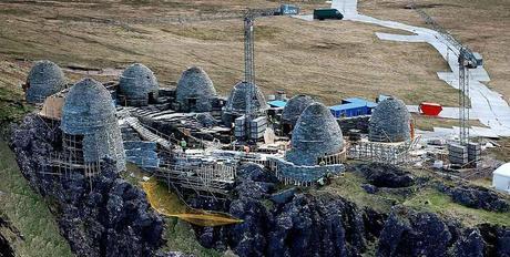 Riproduzione del complesso monastico di Skellig Michael per il film Star Wars: Gli Ultimi Jedi
