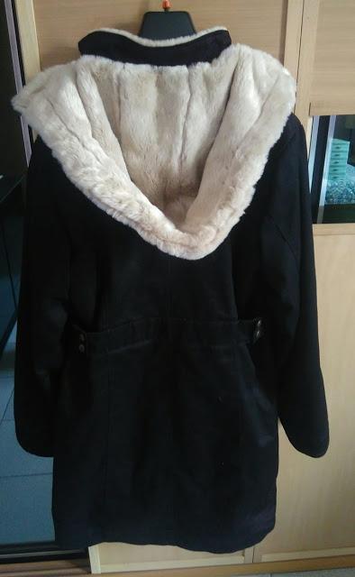 Annuncio vendita: Ladies Long Hoodlamb Coat nero taglia XXL