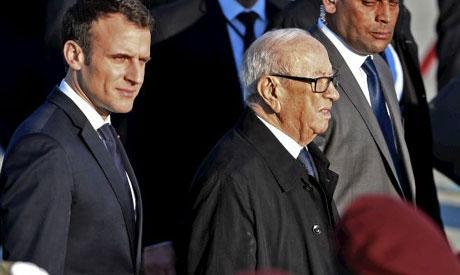 Risultati immagini per macron in tunisia