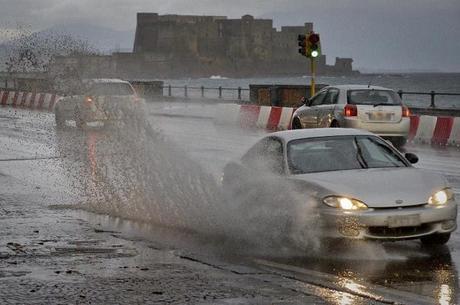 Allerta Meteo a partire da stanotte: temporali e rischio frane