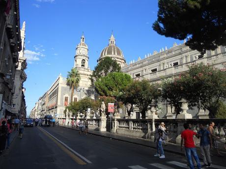 Catania, gita di un giorno percorrendo una sola strada