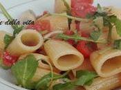 Mezze maniche pomodorini rucola
