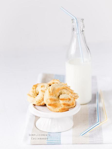 Biscotti Farro e mandorle
