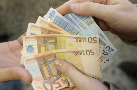Inps, bonus di 1900 euro per le famiglie: come fare la richiesta