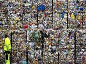 12/03/2018 Rifiuti: attività raccolta riciclo rifiuti rischio paralisi