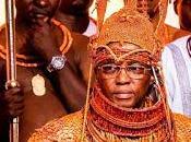 L'oba Benin contro traffico esseri umani