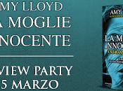 Review Party; moglie innocente