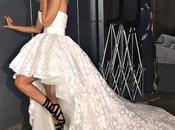 Alessia Marcuzzi all'Isola Famosi l'abito matrimonio: piovono critiche
