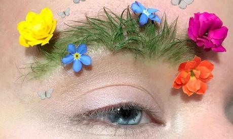 Beauty primavera: praticamente dobbiamo fare giardinaggio sulle sopracciglia