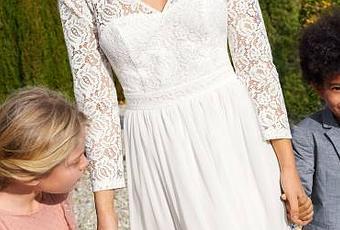 f7e41eaf9fd6 L abito da sposa low cost 2018 firmato Kiabi  sposarsi con 80 euro addosso  è possibile - Paperblog