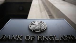 Sterlina ancora in calo. I mercati non credono più al rialzo dei tassi BoE