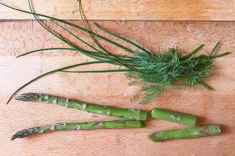 Remise en forme. Vellutata di asparagi, costo zero, calorie pure.