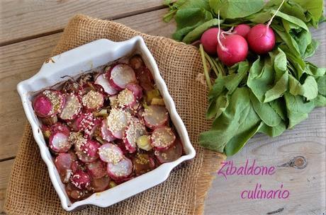 Ravanelli cotti in forno con miele, aceto balsamico e sesamo