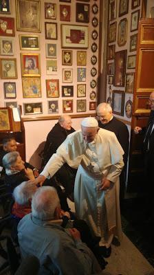 Pellegrinaggio  di pace. La preghiera del Papa nel santuario romano del Divino Amore