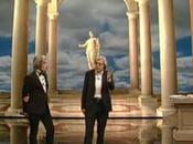 Sospeso programma Vittorio Sgarbi dopo clamoroso flop debutto