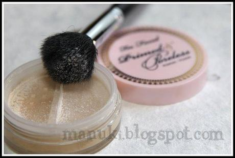 Review Too Faced - Primed and Poreless Powder