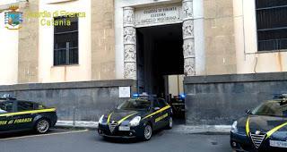 CATANIA. Corruzione presso l'Ispettorato del Lavoro di Catania. La Finanza arresta 9 persone.