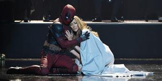 Deadpool balla sulle note di Celine Dion