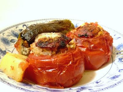 la prima volta al ristorante greco