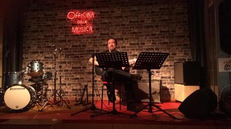 ALESSIO BRUNIALTI, in occasione del suo 45° compleanno, si racconta attraverso la MUSICA che ha ascoltato, suonato e cantato. Serata alla Officina della Musica di Via Giulini 14, Como, 13 giugno 2018, Audio di 1 h e 45 minuti