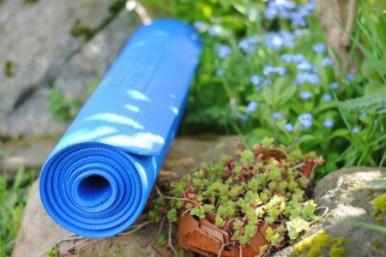 Classe Yoga all'aperto e Aperitivo 100% bio e veg!