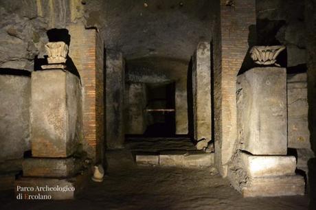 Teatro romano di Ercolano: fu il primo edificio ad emergere dalla cenere del Vesuvio