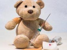 Vaccini shampoo: Sanofi premia Federazione Pediatri