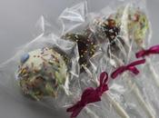 love food] Cosa cucinare festa colorata? cake pops!