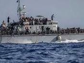 Almeno morti naufragio largo della Libia