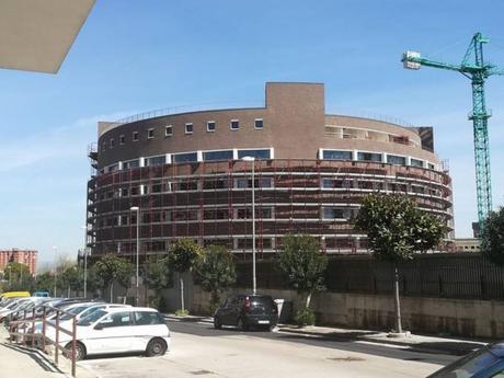 """La Federico II """"apre"""" a Scampia. Finito l'edificio: sarà sede della Facoltà di Medicina"""