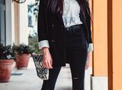 Cropped Flare Jeans: modello zampa sopra caviglia passpartout ogni stagione