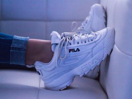Come pulire le scarpe bianche