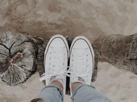 Come pulire le scarpe bianche di tela