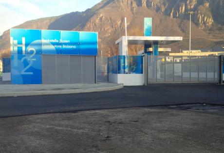 Stazione rifornimento idrogeno Bolzano.png