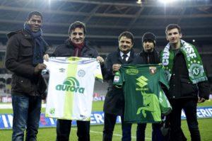 """Torino-Chapecoense, due squadre un unico destino: """"Uniti per non dimenticare""""."""