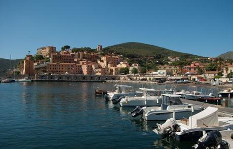 In vacanza all'Elba con tuta la famiglia: le mete imperdibili