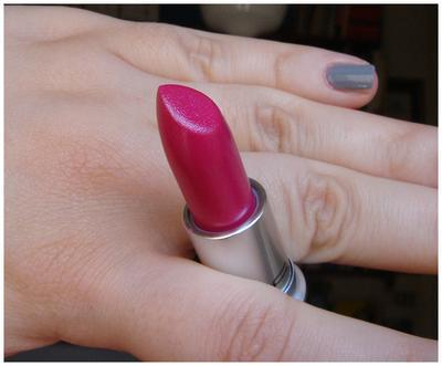 MAC CREMESHEEN LIPSTICK IN LICKABLE