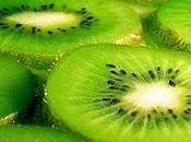 kiwi aumentare l'immunità innata sulla superficie della mucosa intestinale Whole kiwifruit confers health immune benefits both directly indirectly through prebiotic effects