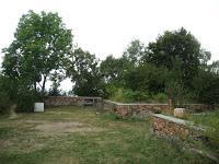 Dalla località Forcorella: percorso lungo i camminamenti della Linea Cadorna.