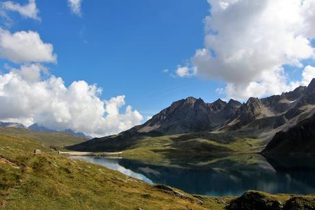 Tra le nubi ecco il lago Nero della Valle Formazza