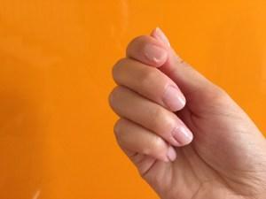Manicure semi permanente: lo smalto nude per ogni occasione