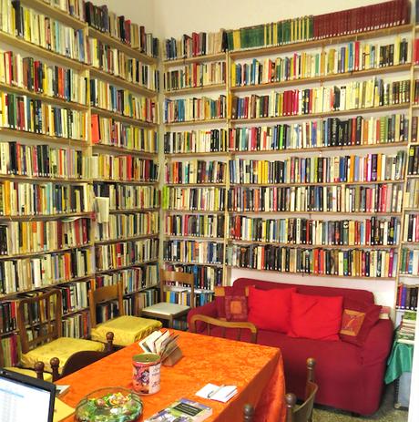 Libri, condivisione e socialità: così sono nate le biblioteche di condominio