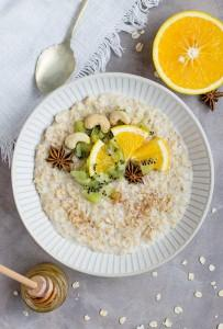 porridge a colazione ricetta light perfetta anche durante la dieta