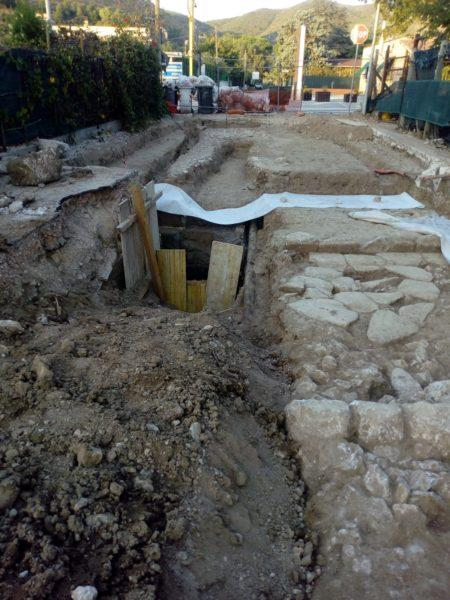 Sorpresa a Mondragone: dai lavori emerge una porzione dell'antica Via Appia