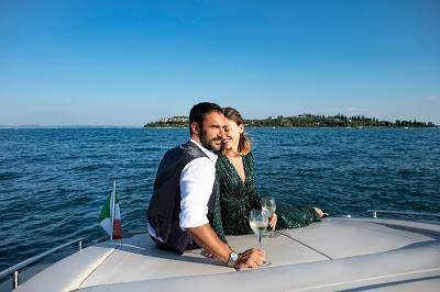 Matrimonio In Barca : Un matrimonio in barca sul lago di garda niente di più romantico