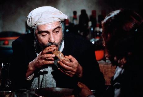 Stasera in tv su La7 alle 21,30 Brutti, sporchi e cattivi di Ettore Scola con Nino Manfredi