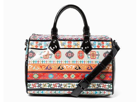 Concediti un regalo speciale…scegli una borsa desigual