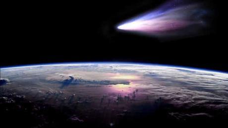 Spazio: Arriva la cometa di Natale che sarà visibile anche ad occhio nudo